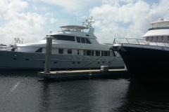 slide-yacht-bg
